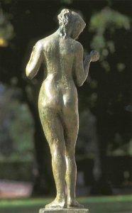 Claudie 1952 - Fonte à la cire perdue  Fonderie Valsuani Jardin de la préfecture de Bourges Pierre d'Euville 112*42*30